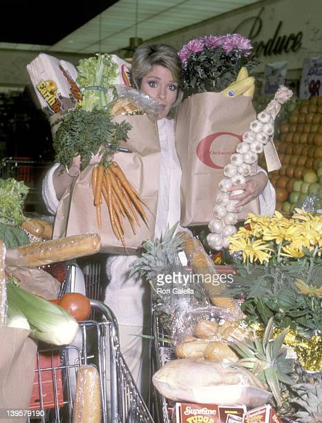 Actress Deidre Hall shops for groceries on April 3 1984 at Gelson's Market in Hollyowod California