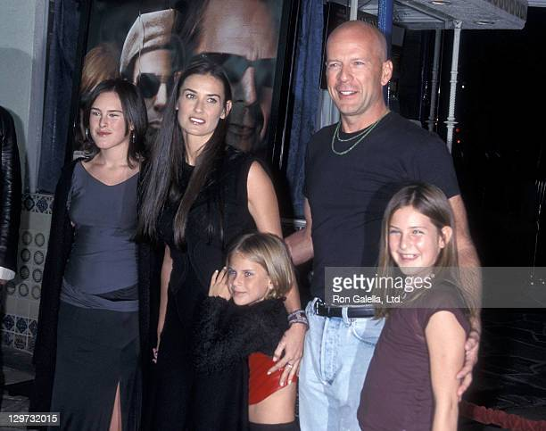 Actress Demi Moore actor Bruce Willis and daughters Rumer Willis Tallulah Willis and Scout Willis the 'Bandits' Westwood Premiere on October 4 2001...