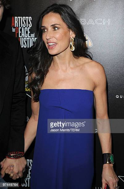 Actress Demi Moore arrives at the Hollywood Domino's 3rd annual pre-Oscar Hollywood gala on March 4, 2010 in Beverly Hills, California.