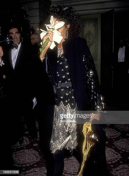 Actress Diahnne Abbott attends the Awakenings New York City Premiere Party on December 17 1990 at The Pierre Hotel in New York City