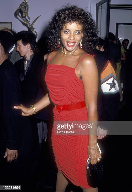 Actress Diahnne Abbott on May 5 1987 sighting at the Phillipe Daverio Gallery in New York City