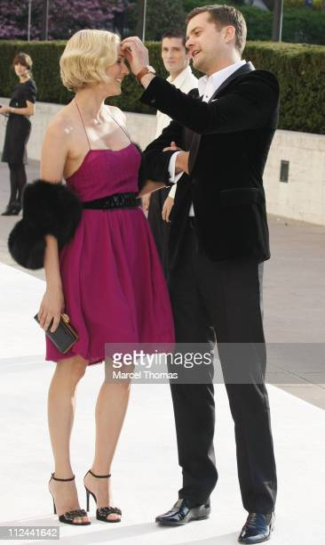 Actress Diane Kruger and actor Joshua Jackson attend the Metropolitan Opera's Opening Night Gala Benefit Performance of 'La Fille du Regiment' on...