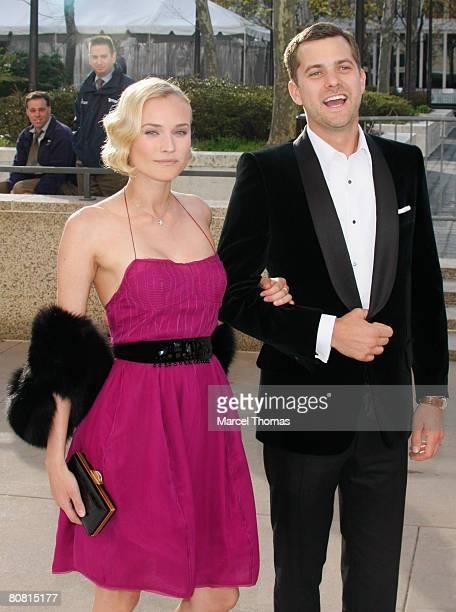 "Actress Diane Kruger and actor Joshua Jackson attend the Metropolitan Opera's Opening Night Gala Benefit Performance of ""La Fille du Regiment"" on..."