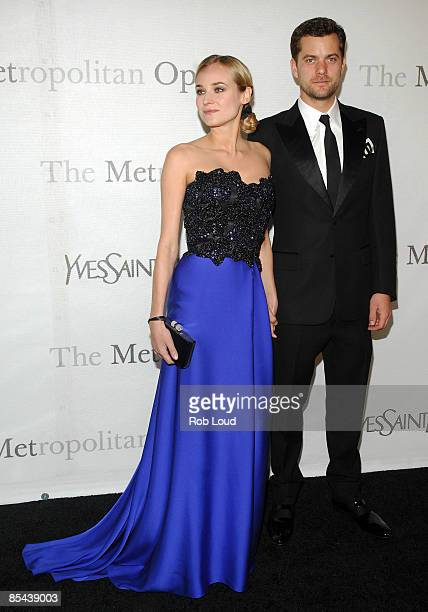 Actress Diane Kruger and actor Joshua Jackson attend The Metropolitan Opera's 125th Anniversary Gala at The Metropolitan Opera House Lincoln Center...