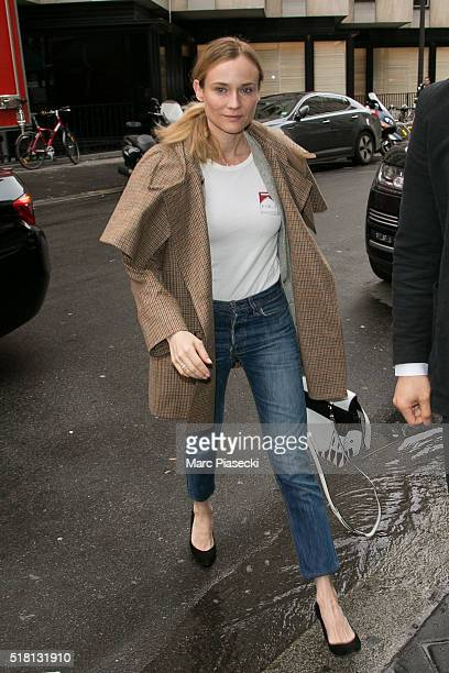 Actress Diane Kruger arrives at 'RTL' radio station on March 30 2016 in Paris France