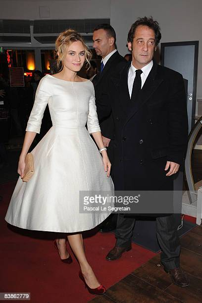 Actress Diane Krugger and actor Vincent Lindon arrive to attend Pour Elle Paris Premiere on November 30 2008 in Paris France