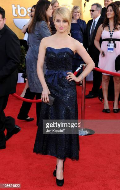 Actress Dianna Agron arrives at the 17th Annual Screen Actors Guild Awards at The Shrine Auditorium on January 30, 2011 in Los Angeles, California.