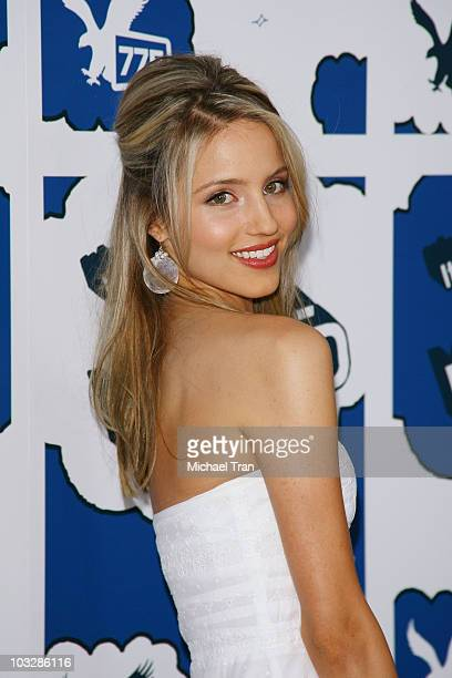 """Actress Dianna Agron arrives at the premiere of """"It's a Mall World"""" at the Cinerama Dome on July 31, 2007 in Hollywood, California"""