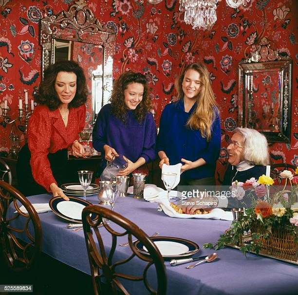 Actress Dixie Carter with her daughters Ginna and Mary Dixie