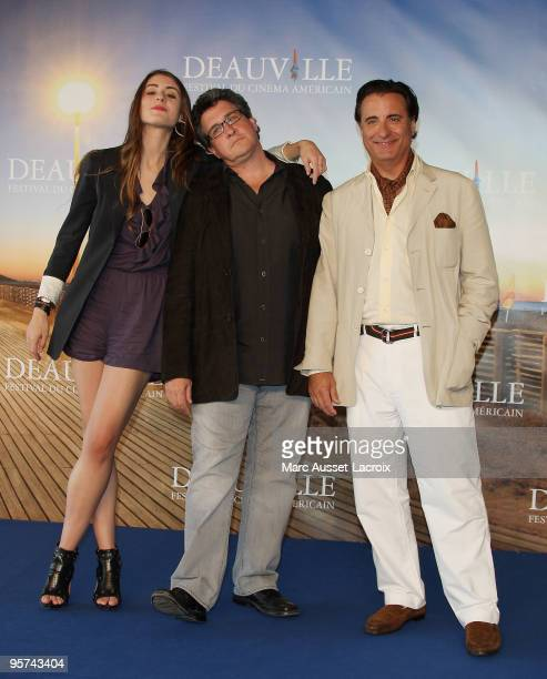 US actress Dominik GarciaLorido US film director Raymond De Felitta and US actor Andy Garcia attend a photo call for the movie 'City Island' at the...
