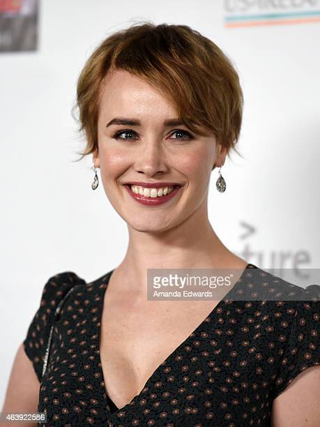 Actress Dominique McElligott arrives at the USIreland Alliance PreAcademy Awards Honors event at Bad Robot on February 19 2015 in Santa Monica...
