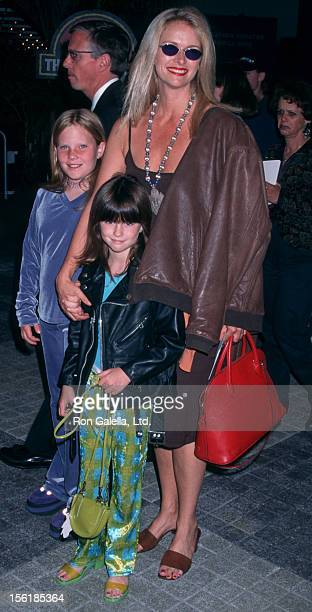Actress Donna Dixon and daughters Danielle Aykroyd and Belle Aykroyd attend the world premiere of 'Jurassic ParkThe Lost World' on May 19 1997 at the...