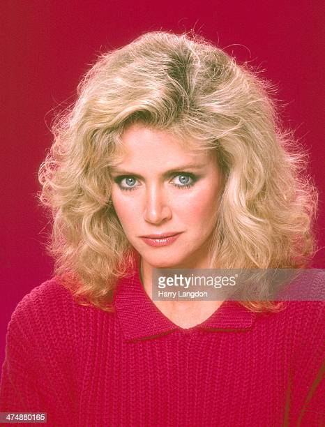 Actress Donna Mills poses for a portrait in 1986 in Los Angeles California