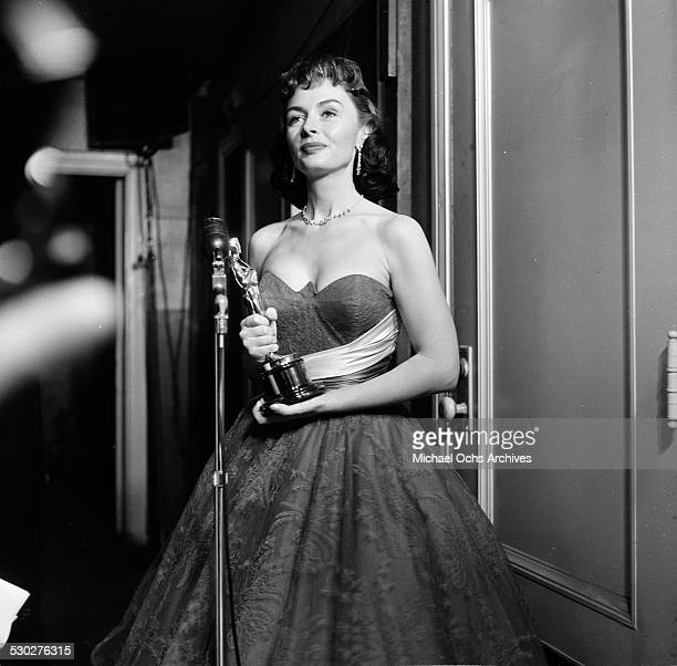 "Actress Donna Reed poses with her Academy Award for Best Supporting Actress in ""From Here to Eternity"" in Los Angeles,CA."