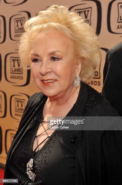 Actress Doris Roberts arrives at the 8th Annual TV Land Awards at Sony Studios on April 17 2010 in Los Angeles California