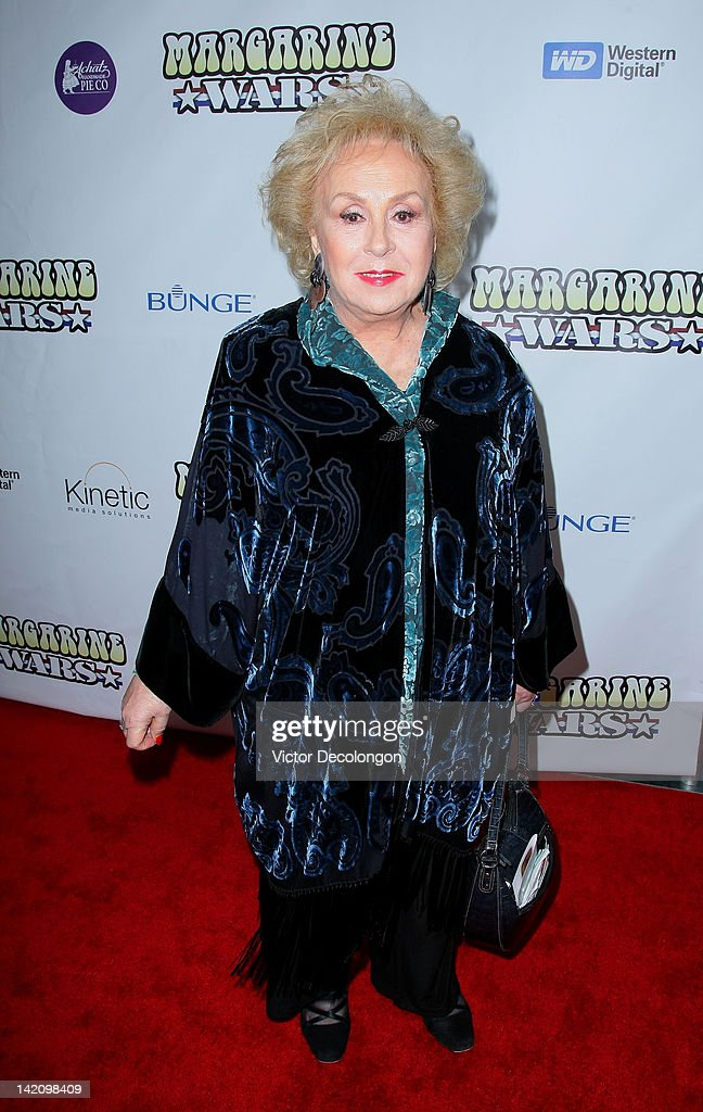 Actress Doris Roberts arrives for the premiere of 'Margarine Wars' at ArcLight Hollywood on March 29, 2012 in Hollywood, California.