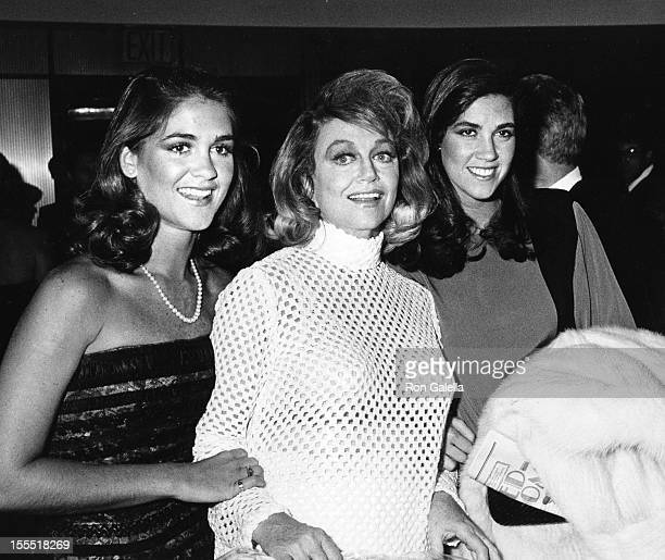 Actress Dorothy Malone and daughters Mimi Bergerac and Diane Bergerac attend The New York Film Society Awards on September 25 1983 at the Sheraton...