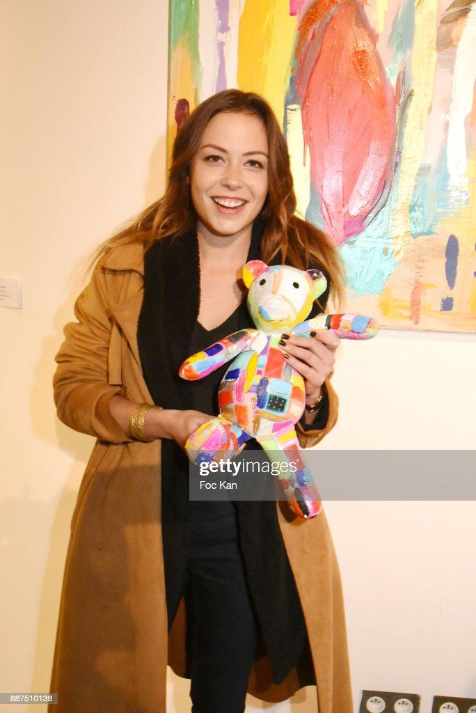 Caroline Faindt Exhibition at Espace Reduit In Paris