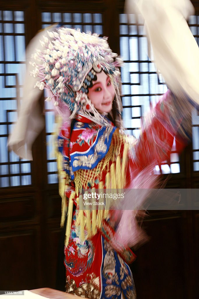 Actress Dressing As Beijing Opera Characters,China : Foto de stock