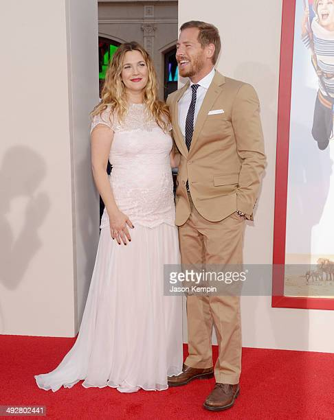 Actress Drew Barrymore and Will Kopelman attend the premiere of 'Blended' at TCL Chinese Theatre on May 21 2014 in Hollywood California