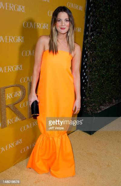 Actress Drew Barrymore arrives at COVERGIRL 50th Anniversary Celebration at BOA Steakhouse on January 5 2011 in West Hollywood California