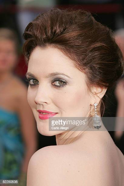 Actress Drew Barrymore arrives at the 77th Annual Academy Awards at the Kodak Theater on February 27, 2005 in Hollywood, California.