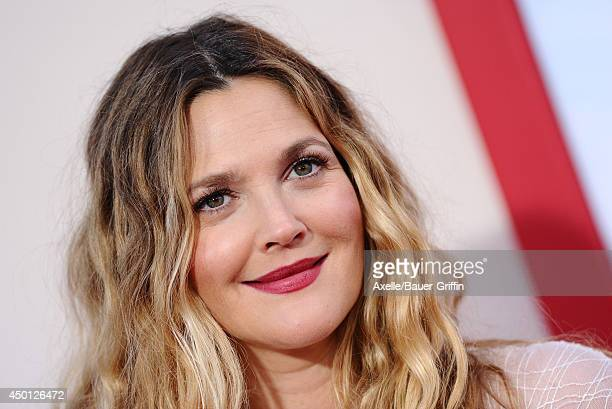 Actress Drew Barrymore arrives at the Los Angeles premiere of 'Blended' at TCL Chinese Theatre on May 21 2014 in Hollywood California