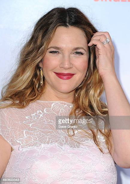 """Actress Drew Barrymore attends the Los Angeles premiere of """"Blended"""" at TCL Chinese Theatre on May 21, 2014 in Hollywood, California."""