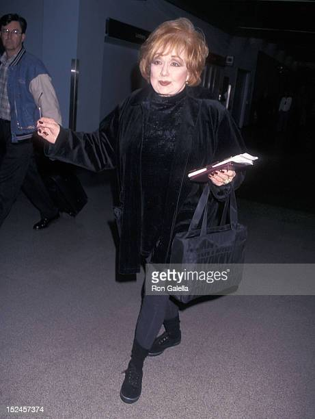 Actress Edie Adams arrives from New York City on March 4 1998 at the Los Angeles International Airport in Los Angeles California