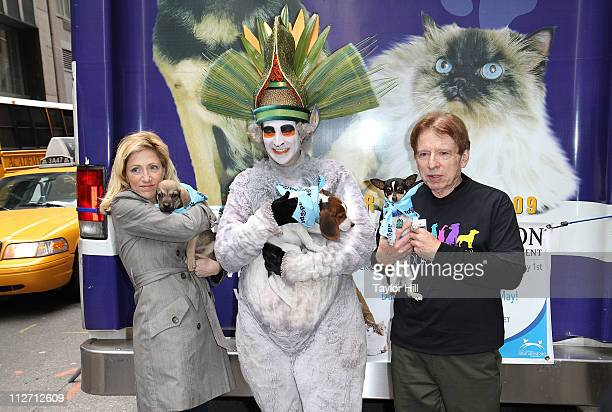 King Julien Xiii Pictures and Photos - Getty Images