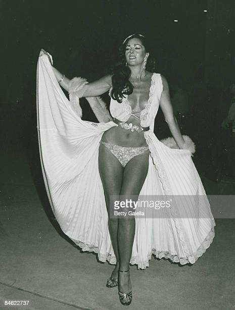 Actress Edy Williams attending 52nd Annual Academy Awards on April 14 1980 at the Dorothy Chandler Pavilion in Los Angeles California