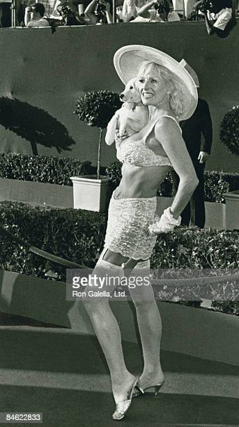 Actress Edy Williams attending 60th Annual Academy Awards on April 11 1988 at the Shrine Auditorium in Los Angeles California
