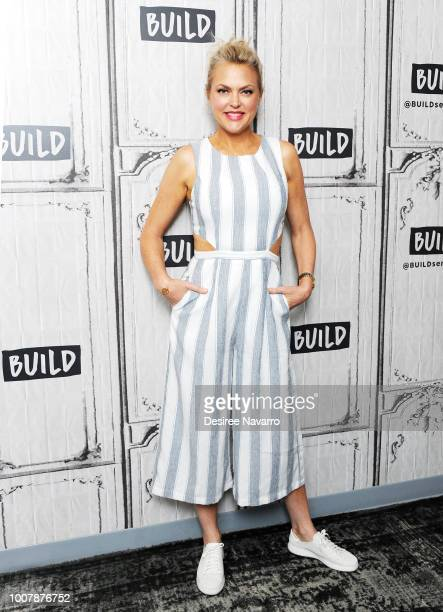 Actress Elaine Hendrix attends Build Brunch to discuss 20th Anniversary of 'The Parent Trap' at Build Studio on July 30, 2018 in New York City.