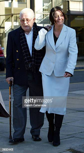 Actress Elaine Lordan who plays Lynne Slater in the BBC1 soap 'Eastenders' arrives at St Albans Court to answer a drink driving charge October 23...
