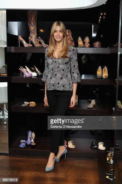 Actress Elena Santarelli attends the presentation of Le Silla Spring/Summer collection as part of Milan Fashion Week on September 25 2008 in Milan...