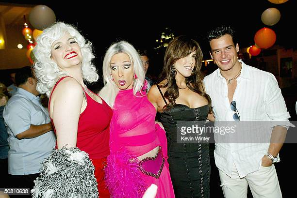 Actress Elender Wall actor Alexis Arquette Cafe Entertainments' Celia Fox and actor Antonio Sabato Jr pose at the afterparty for 'Wasabi Tuna' on May...