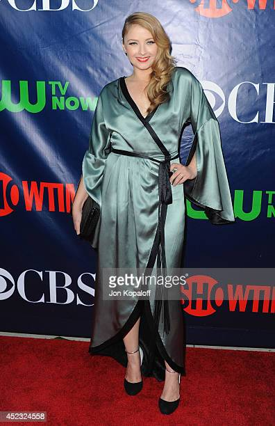 Actress Elisabeth Harnois arrives at the CBS The CW Showtime CBS Television Distribution 2014 Television Critics Association Summer Press Tour at...