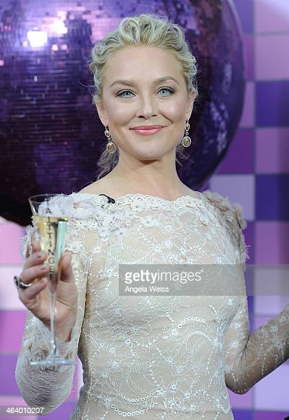Actress Elisabeth Rohm attends the 20th Annual Screen Actors Guild Awards at The Shrine Auditorium on January 18, 2014 in Los Angeles, California.
