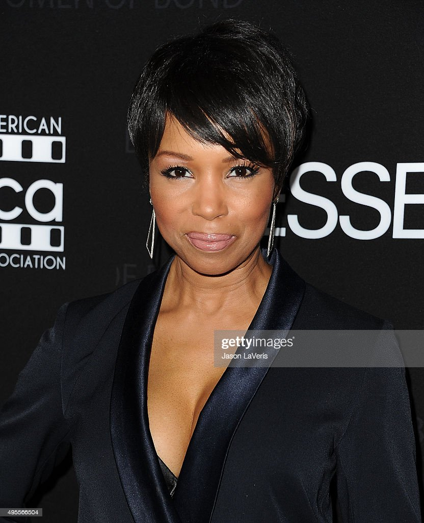 Actress Elise Neal attends 'Spectre' - The Black Women of Bond Tribute at California African American Museum on November 3, 2015 in Los Angeles, California.