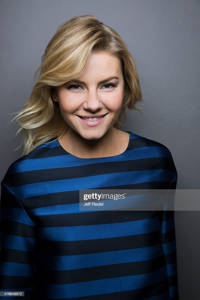 Elisha Cuthbert, TV Guide Magazine, March 9, 2015 : News Photo