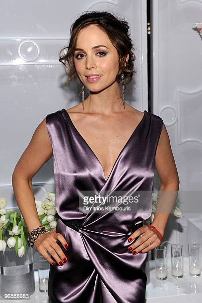 Actress Eliza Dushku attends the amfAR New York Gala To Kick Off Fall 2010 Fashion Week at Cipriani 42nd Street on February 10 2010 in New York New...