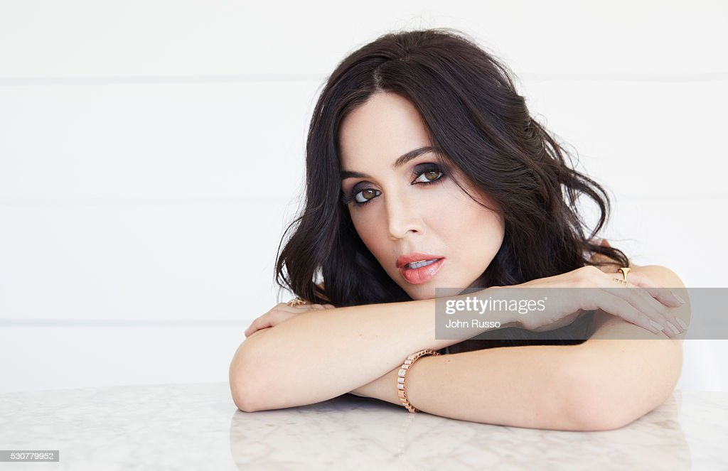 Eliza Dushku, Self Assignment, January 1, 2016