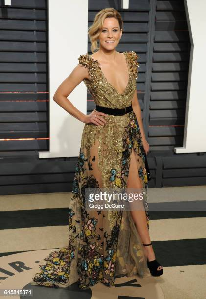 Actress Elizabeth Banks arrives at the 2017 Vanity Fair Oscar Party Hosted By Graydon Carter at Wallis Annenberg Center for the Performing Arts on...
