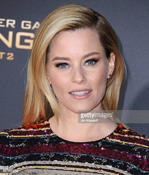 Actress Elizabeth Banks arrives at the Los Angeles Premiere Of Lionsgate's 'The Hunger Games Mockingjay Part 2' at Microsoft Theater on November 16...