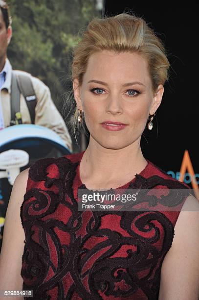 Actress Elizabeth Banks arrives at the premiere of What To Expect When Your Expecting premiere held at Grauman's Chinese Theater