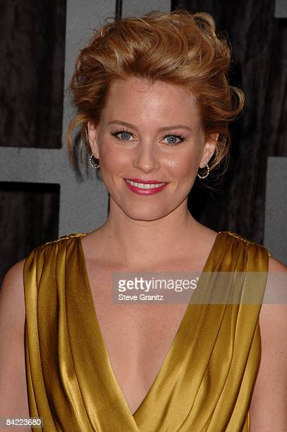 Actress Elizabeth Banks arrives at VH1's 14th Annual Critics' Choice Awards held at the Santa Monica Civic Auditorium on January 8 2009 in Santa...