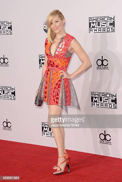 Actress Elizabeth Banks attends the 2014 American Music Awards at Nokia Theatre LA Live on November 23 2014 in Los Angeles California