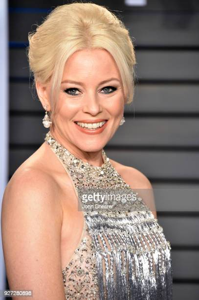 Actress Elizabeth Banks attends the 2018 Vanity Fair Oscar Party hosted by Radhika Jones at Wallis Annenberg Center for the Performing Arts on March...