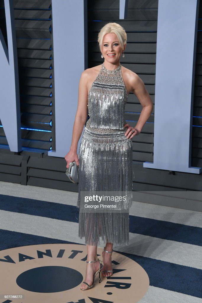 Actress Elizabeth Banks attends the 2018 Vanity Fair Oscar Party hosted by Radhika Jones at Wallis Annenberg Center for the Performing Arts on March 4, 2018 in Beverly Hills, California.