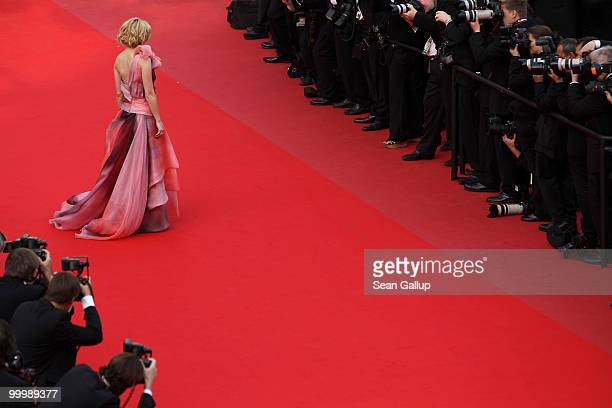 Actress Elizabeth Banks attends the 'Poetry' Premiere at the Palais des Festivals during the 63rd Annual Cannes Film Festival on May 19 2010 in...
